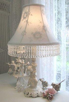 Cherub Lamp Foter