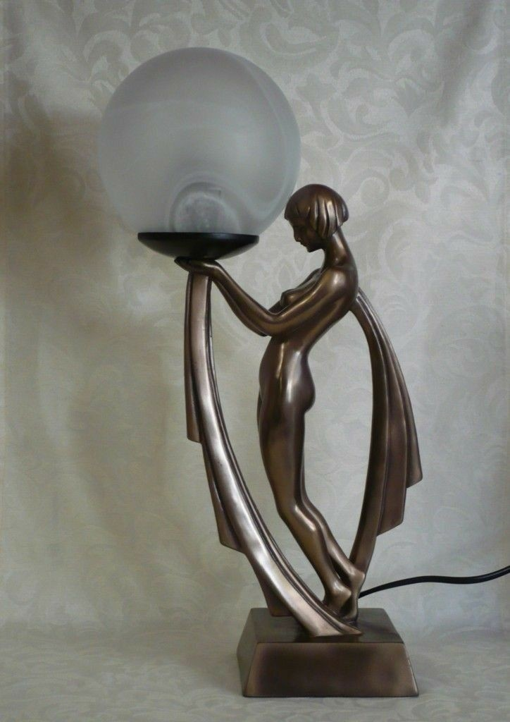 A girls naked lamp
