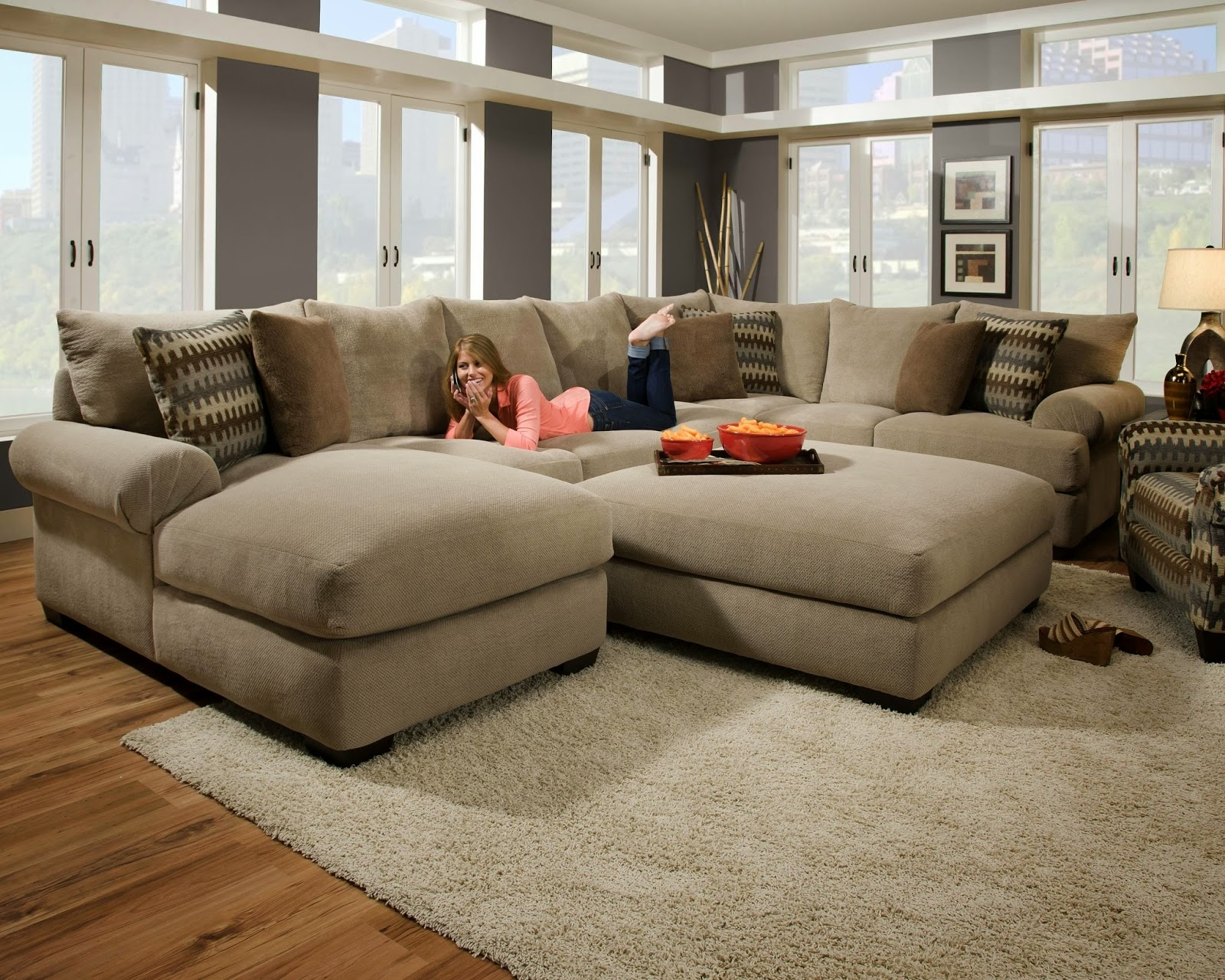 Elegant Microfiber Sectional Sofa With Ottoman