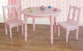 Lindsey pink table with 2 chairs