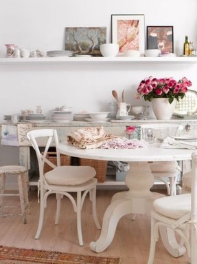 Round white pedestal dining table 3