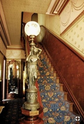 Newel Post Lamp Foter