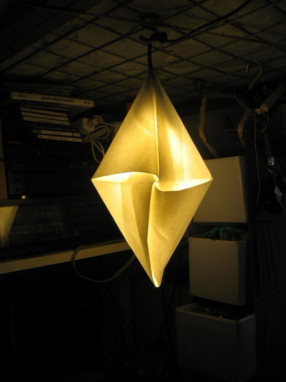Origami diamond pendant light