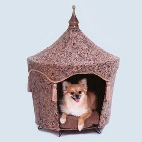 Camelot dog tent bed