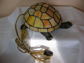 Glass turtle lamp