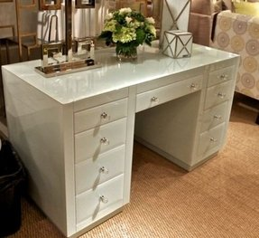 White makeup vanity set