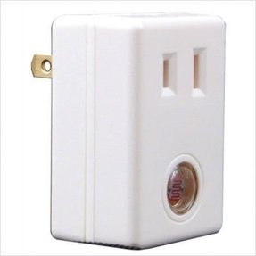 Plug in lamp photocell foter american lighting alsenpi automatic light control plug in 300 watts maximum publicscrutiny Images