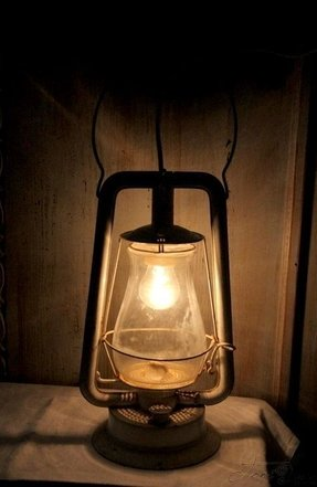 Electric candle lamp 9