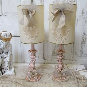 Gold ornate table lamp 10