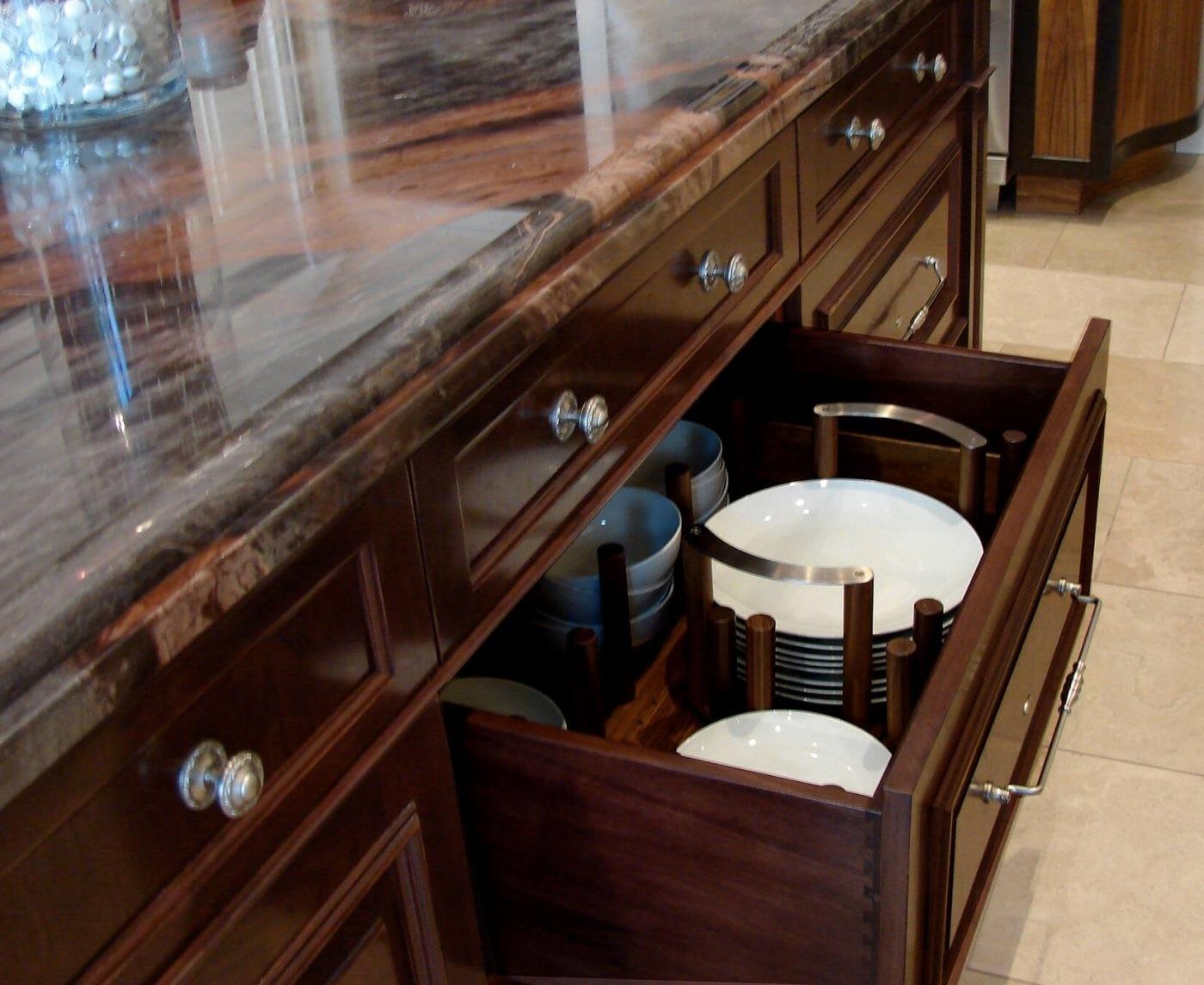 Kitchen Island Storage Winnetka Showroom