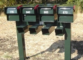 Multiple mailbox post