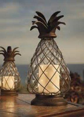 Pineapple Lamp Foter