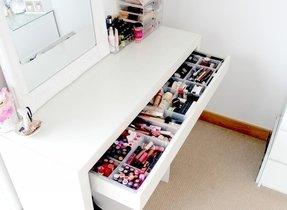 Bedroom Makeup Table 1