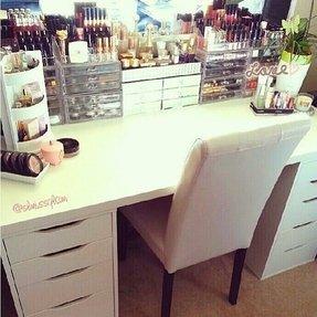 Bedroom Makeup Vanity - Foter on Makeup Bedroom  id=76119