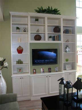 Bookshelf entertainment unit