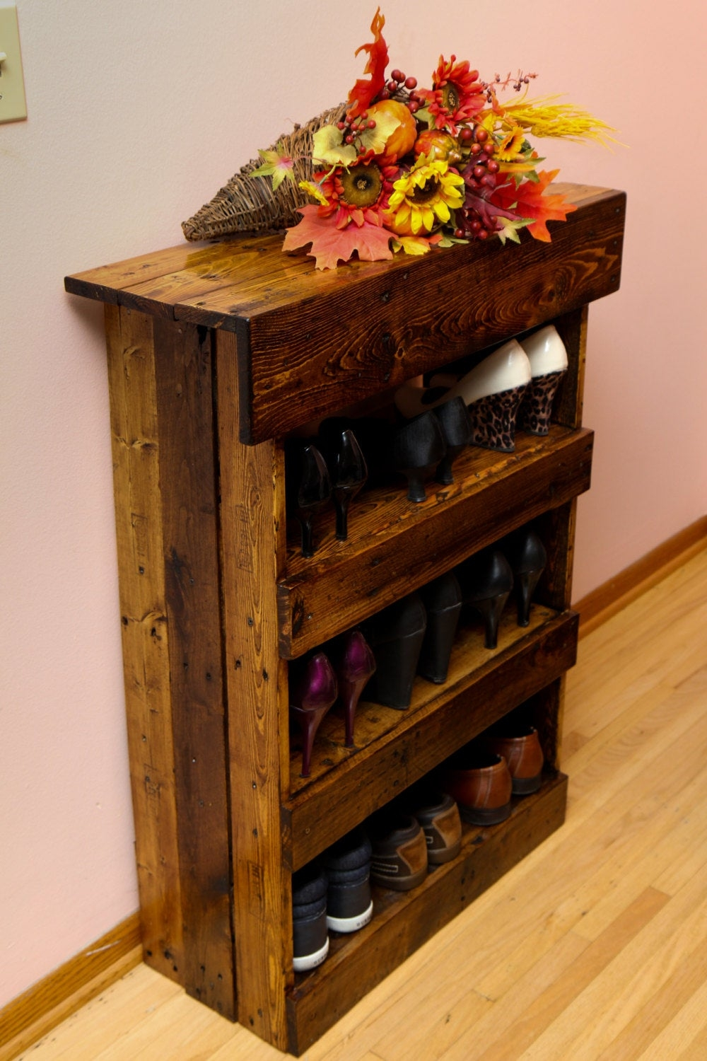 Sturdy and gorgeous looking rustic shoe