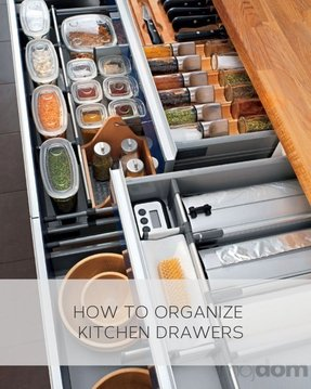 Ikea kitchen organization for drawers i would just stare at