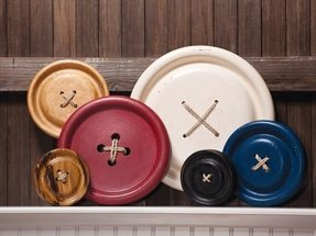 Large decorative plates for the wall 19