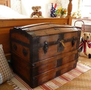 Merveilleux Old Dome Top Trunk Vintage Box Old Travel Chest Domed