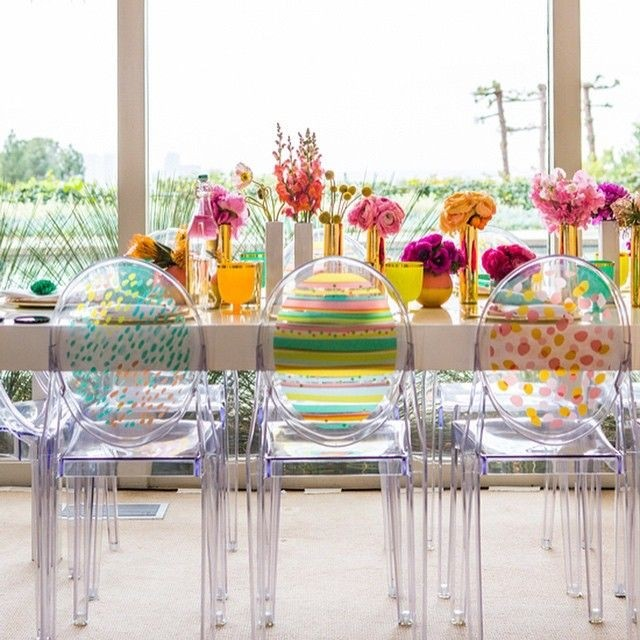Gentil Acrylic Dining Table And Chairs