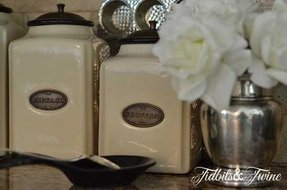 Decorative kitchen canisters 2