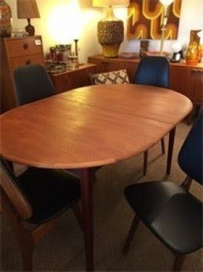 Modern Oval Dining Tables 7