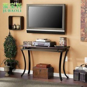 This convenient and stylish cornell sofa table features a black