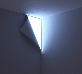 Wall corner light