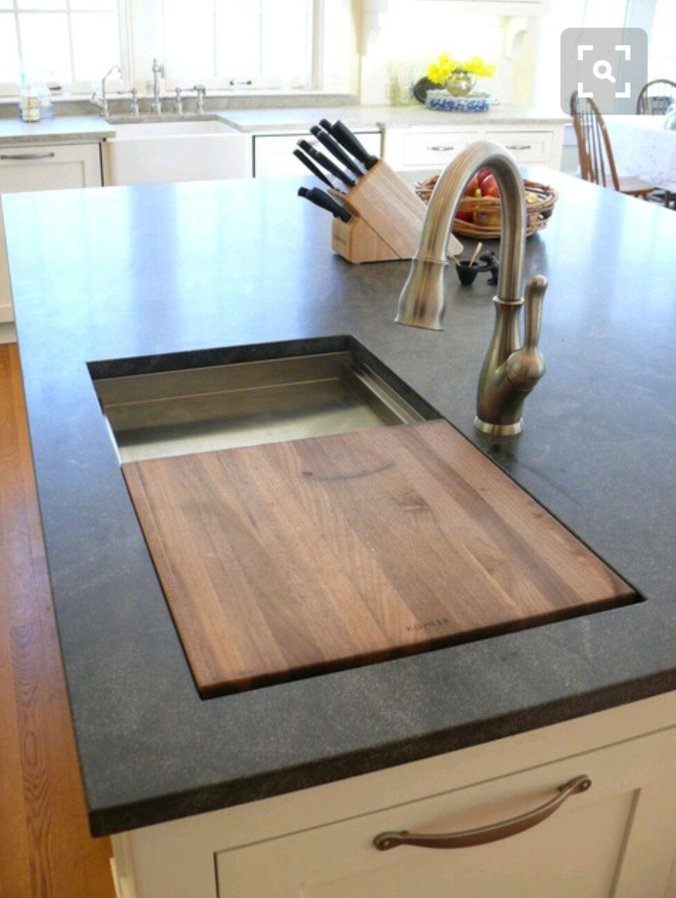 Charmant Kitchen Island With Cutting Board Top 1