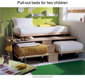 Queen size pull out bed