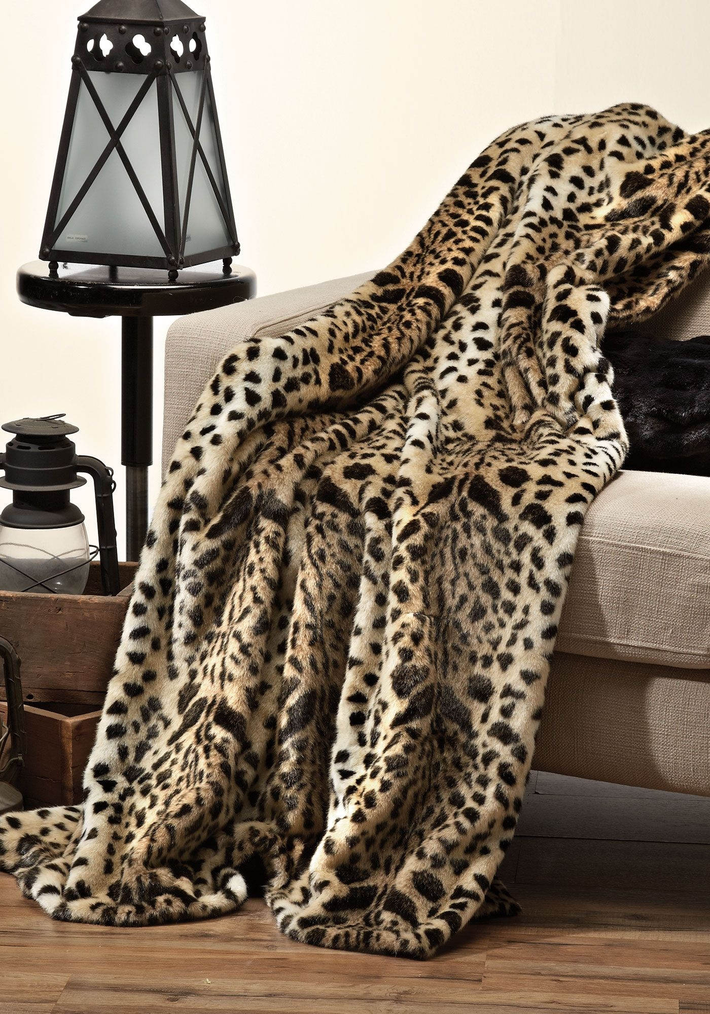 Animal print blankets and throws 18