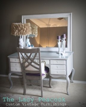 White vanity desk with mirror 11
