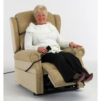 50+ Armchairs for Elderly & Guide How to Choose The Best ...