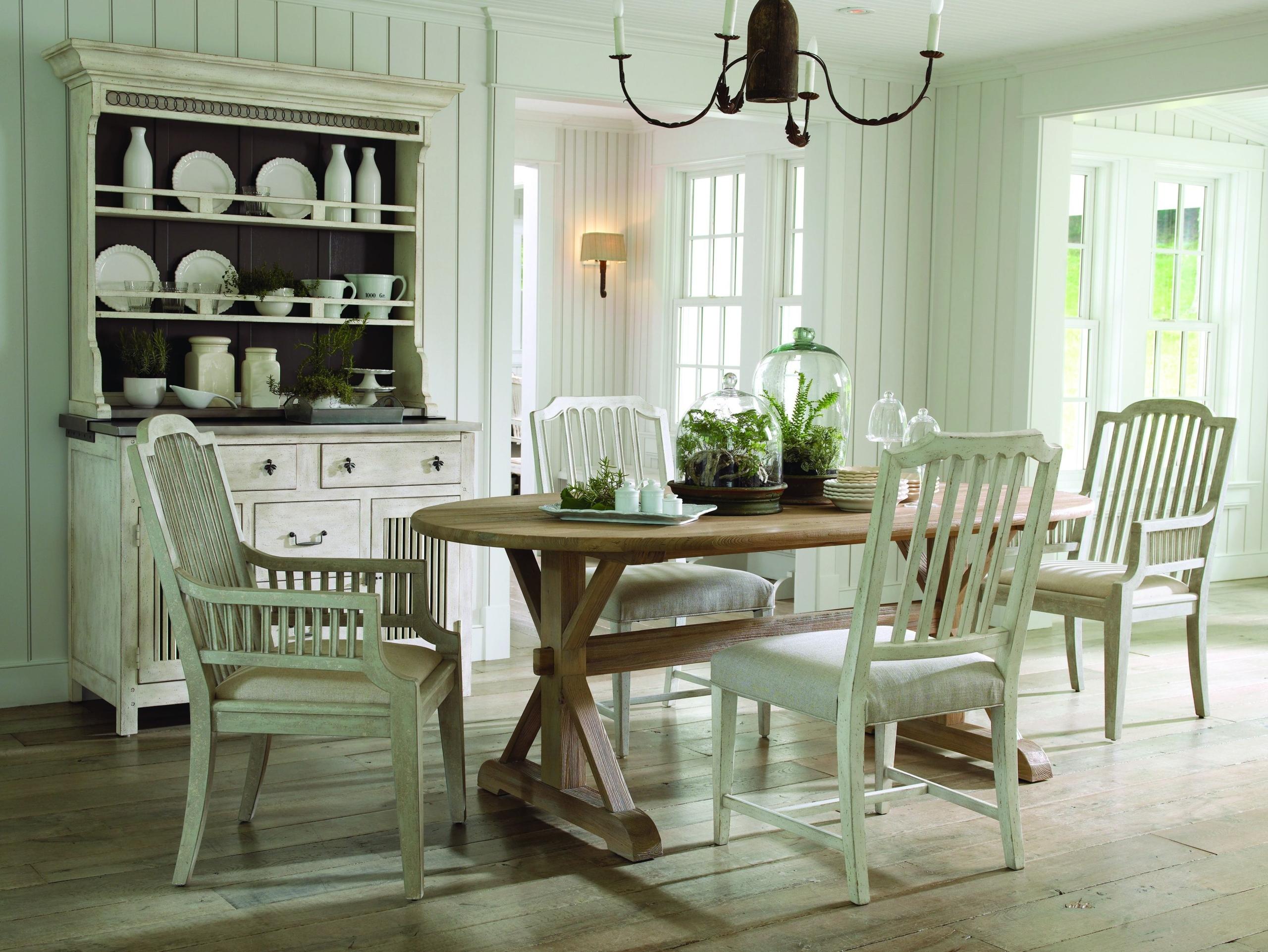 oval white dining table foter rh foter com Small Oval Dining Table white oval dining room tables