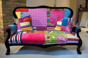 Small sofa with chaise 6