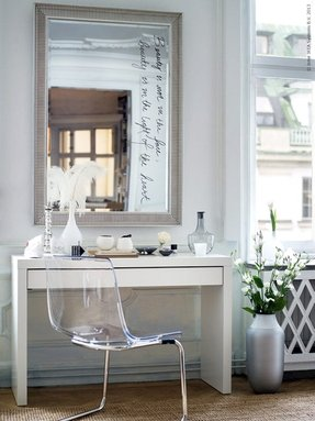 White makeup vanity table 1