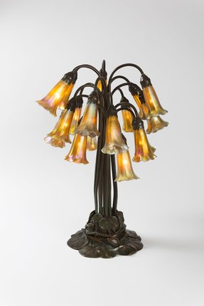 Lily tiffany table lamp 5