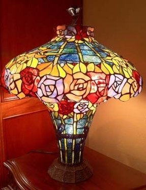 Rose tiffany lamp 2