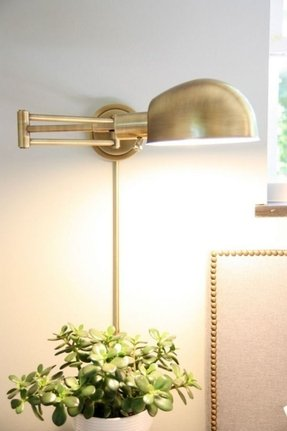 Wall mounted lamp with cord