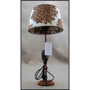 Charmant Colonial Style Table Lamp 16