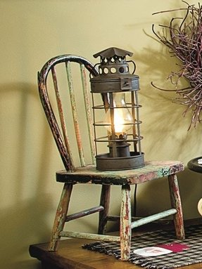 Colonial style table lamp 25