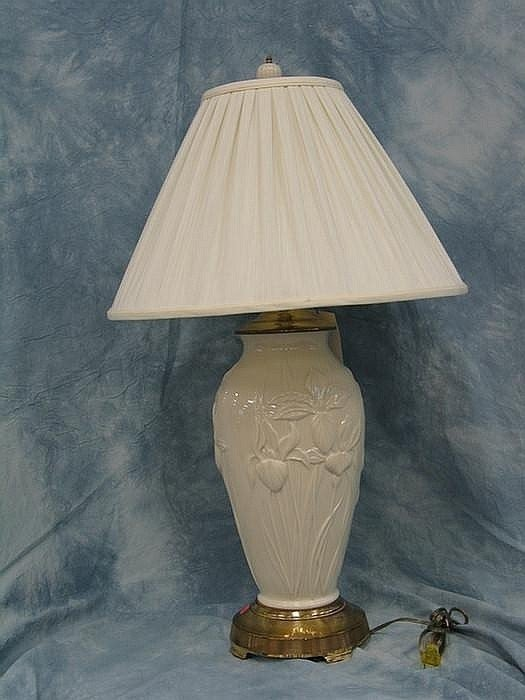 Lot 136a Lenox Iris Table Lamp Slight Wear To Metal