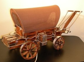Covered Wagon Lamp Foter