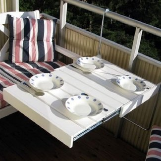 Balcony folding table