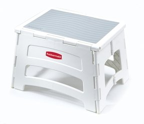 Rubbermaid RM-PL1W Folding 1-Step Plastic Stool