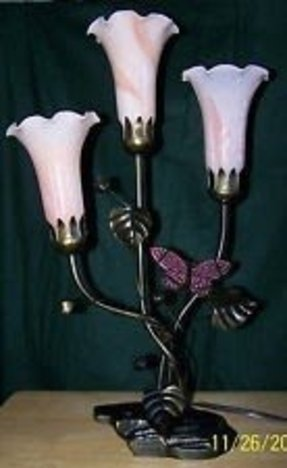 Dale tiffany triple pink glasstulips bronze base butterfly lamp
