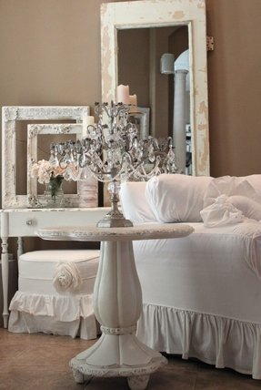 Candelabra style table lamp foter for Casa provenzale arredamento