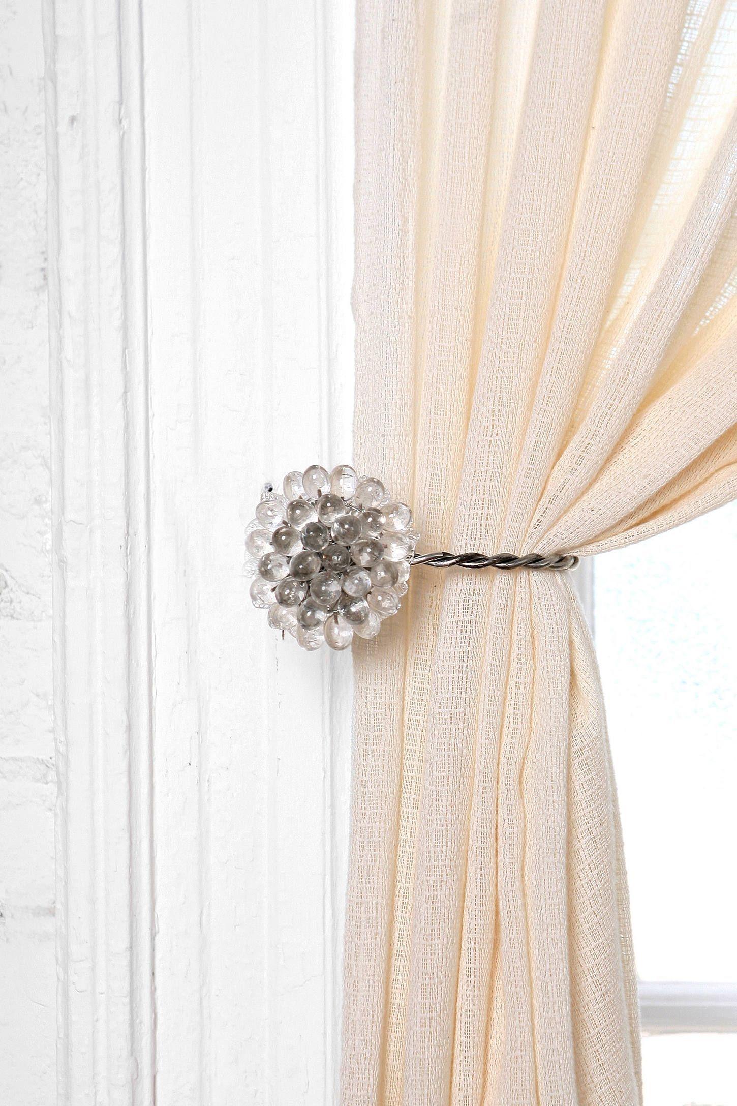 Shower Curtain Holdback
