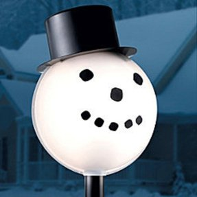 Snowman lamp post cover 1