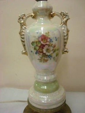 Vintage worrall hand painted fancy collectable gold trimmed porcelain table